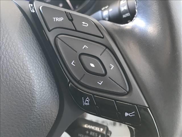 「トヨタ」「C-HR」「SUV・クロカン」「静岡県」の中古車8