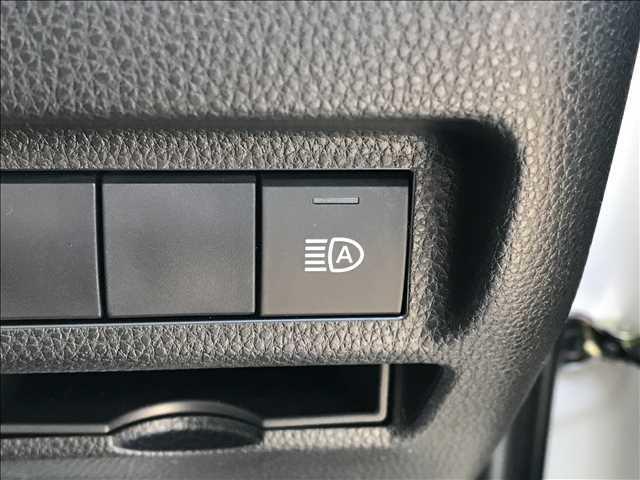 X 新品アルパイン9型ナビ地デジ バックカメラ ETC 新車未登録 AC100V クリアランスソナー サンルーフ ルーフレール セーフティセンス 衝突軽減 レーンキープ レーダークルコン スマートキー(11枚目)