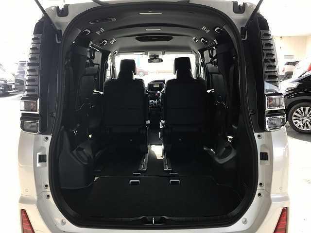 ZS 煌III 新車未登録 両側電動スライド 7人乗り クリアランスソナー クルコン セーフティセンス Wエアコン(10枚目)