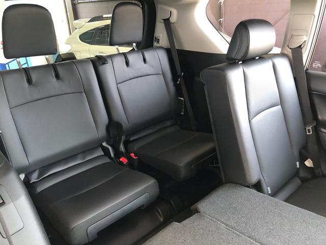 TX Lパッケージ・ブラックエディション 新車未登録 本革エアシート レーダークルーズ パワーシート クリアランスソナー サンルーフ 7人乗り LEDヘッドライト シートベンチレーション ステアリングリモコン 4WD(32枚目)
