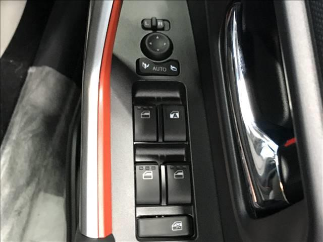 Z パノラミックビュー対応ナビレディ シートヒーター LEDヘッドライト レーダークルーズ 純正アルミ  スマートキー シーケンシャルウインカー クリアランスソナー(6枚目)
