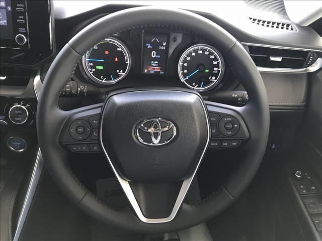 S 新車未登録 LEDヘッドライト 純正アルミ バックカメラ スマホ連携 レーダークルーズ 純正アルミ  ステアリングリモコン オートマチックハイビーム(3枚目)