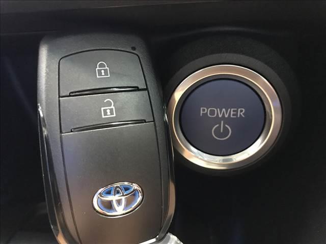 S バックカメラ LEDヘッドライト レーダークルーズ ステアリングリモコン 純正アルミ ウインカーミラ ー ディスプレイオーディオ 新車未登録(11枚目)