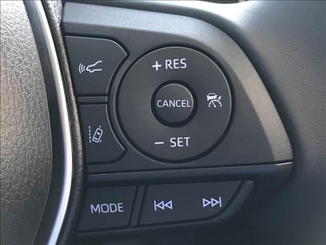 S ディスプレイオーディオ セーフティセンス LEDヘッドライト 電子パーキング レーダークルーズ ステアリングリモコン オートマチックハイビーム 新車未登録(4枚目)