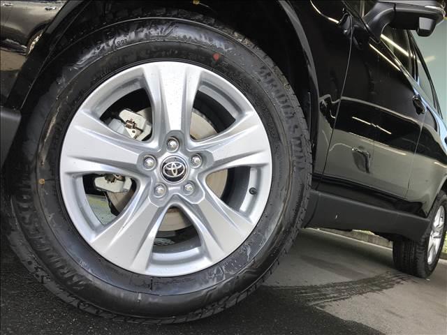 S ディスプレイオーディオ セーフティセンス LEDヘッドライト 電子パーキング レーダークルーズ ステアリングリモコン オートマチックハイビーム 新車未登録(13枚目)