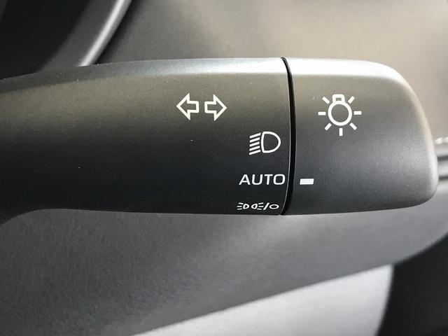 S ディスプレイオーディオ セーフティセンス LEDヘッドライト 電子パーキング レーダークルーズ ステアリングリモコン オートマチックハイビーム 新車未登録(39枚目)