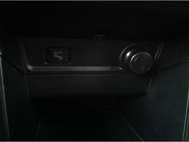 ブラインドスポットモニター装備。車線変更をしようとした時に車両があれば警報を鳴らしてくれます。