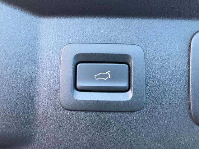 XD Lパッケージ コネクトナビ地デジ 全方位カメラ ブラインドスポット 本革 電動トランク LEDヘッド コーナーセンサー ビルトインETC 6人乗り キャプテンシート ディーゼルTB(10枚目)