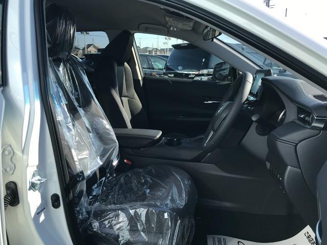 S 新車未登録 ディスプレイオーディオ セーフティセンス レーダークルコン バックカメラ USBコンセント LED プリクラッシュ レーンキープ スマートキー(5枚目)