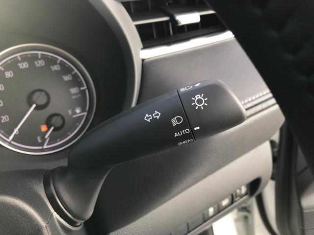 S 新車未登録 ディスプレイオーディオ セーフティセンス レーダークルコン バックカメラ USBコンセント LED プリクラッシュ レーンキープ スマートキー(42枚目)