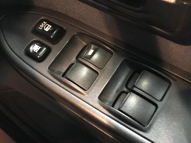 ロング GR MKW/MK46アルミ 2インチリフトアップ M/Tタイヤ HDDナビ地デジ バックカメラ ディーゼル ルーフレール キセノンライト 背面タイヤ(30枚目)