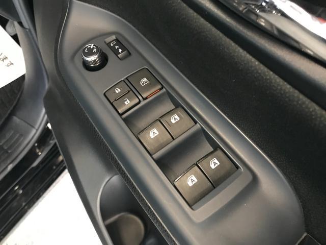 V SDナビ地デジ 天井モニター 両側パワスラ クルコン LEDヘッドライト バックカメラ ETC 7人 ウォークスルー(38枚目)