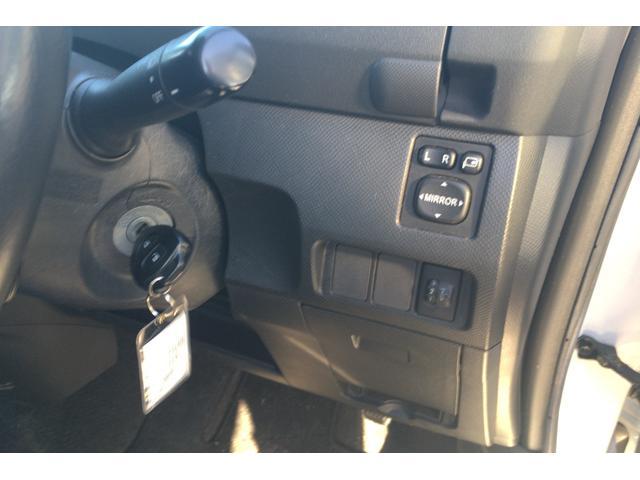 トヨタ ラクティス G エアロ 社外アルミ クルコン パドルシフト