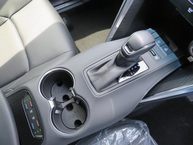 Z レザーパッケージ 新車未登録 即納車2台有り T-ConnectSDナビ 12.3インチディスプレイ フルセグTV 調光パノラマルーフ バックガイドモニター 純正19インチAW LEDヘッドライト メーカー保証(31枚目)