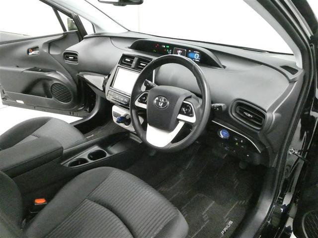 Sセーフティプラス TSSP スマートキー LEDヘッドライト フルセグナビ バックモニター ETC ワンオーナー車 リアスポイラー付 純正アルミホイール CD/DVD再生付き オートエアコン 横滑り防止装置付き(10枚目)