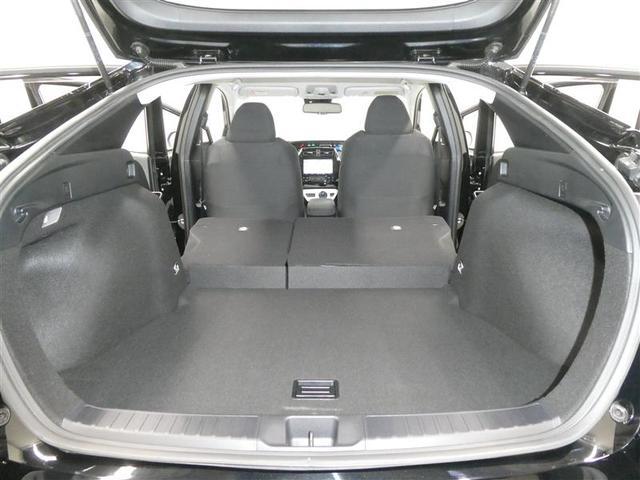 Sセーフティプラス TSSP スマートキー LEDヘッドライト フルセグナビ バックモニター ETC ワンオーナー車 リアスポイラー付 純正アルミホイール CD/DVD再生付き オートエアコン 横滑り防止装置付き(17枚目)