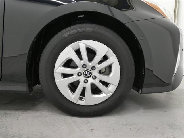 Sセーフティプラス TSSP スマートキー LEDヘッドライト フルセグナビ バックモニター ETC ワンオーナー車 リアスポイラー付 純正アルミホイール CD/DVD再生付き オートエアコン 横滑り防止装置付き(19枚目)