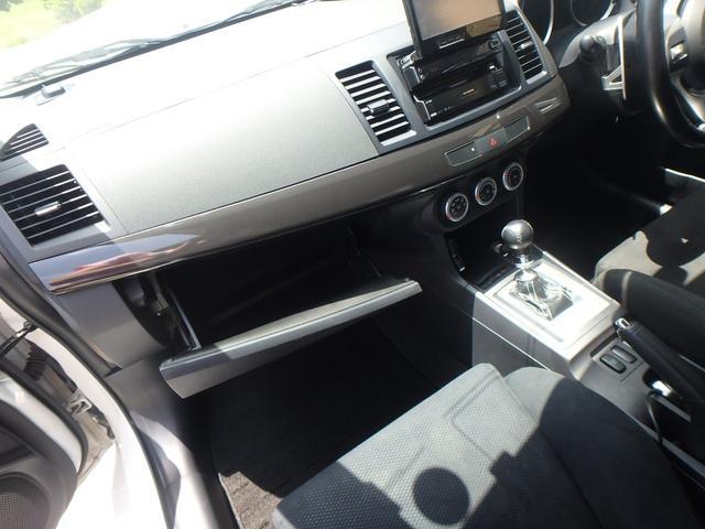 「三菱」「ランサーエボリューション」「セダン」「静岡県」の中古車26