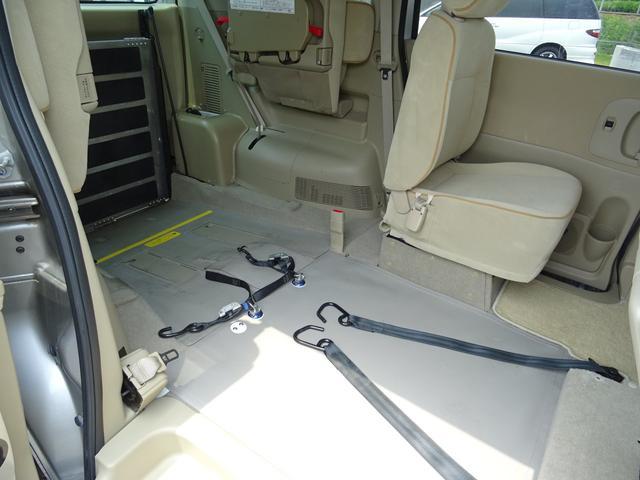 スロープ(スローパー)・車いすリフト・リアリフト・助手席リフト・サイドリフト・セカンドリフト・車いす移動車(バギー)・補助手すり付車輌など、各種「福祉・介護・介助車両」を取扱☆