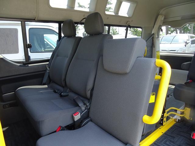 トヨタ ハイエースバン 福祉車両 ウェルキャブ Bタイプリフト パワスラドア Bカメ