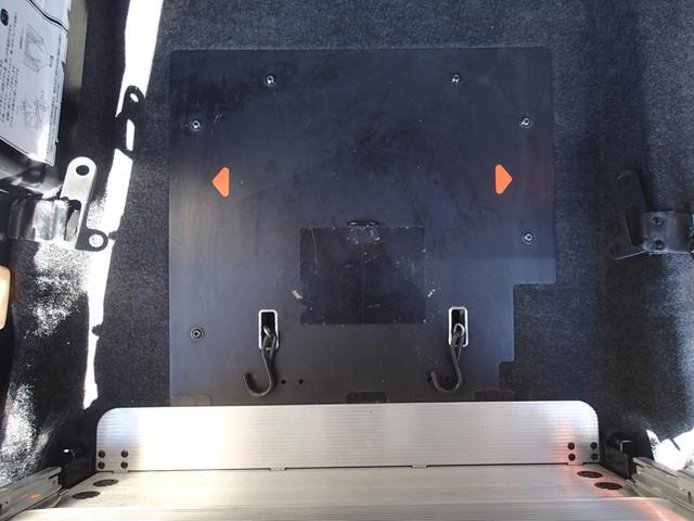 チェアキャブ スロープ 7人 電動ステップ(7枚目)