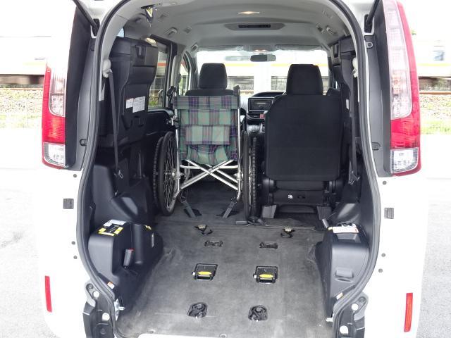 X Vパッケージ リアスローパー タイプ1 車いす2脚仕様(6枚目)