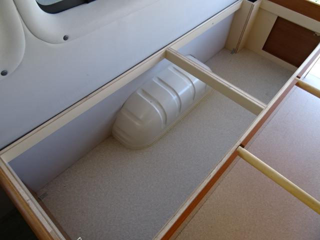 オリジナルキャンパー FFヒーター インバーター 1500Wインバーター ツインサブバッテリー コンバーター 外部電源(40枚目)