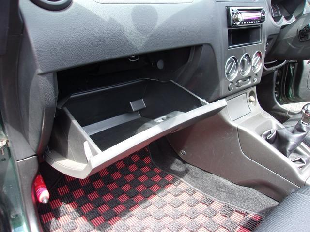 アクティブトップ 5MT 純正15インチアルミホイール フォグランプ キーレス CDオーディオ 電動オープンルーフ 2シーター 5MT ターボ車(27枚目)