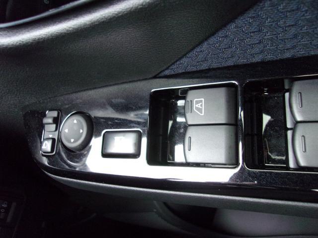 T 届出済未使用車 マイパイロット ターボ車 LEDヘッドライト デジタルルームミラー(マルチアラウンドモニター付) 純正15インチアルミホイール スマートキー 寒冷地仕様 フロントシートヒーター(26枚目)