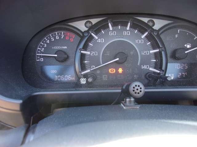 ローブ 純正16インチアルミホイール ターボ車 LEDヘッドライト シートヒーター スマートキー ディスプレイオーディオ 横滑り防止装置 オートエアコン(12枚目)