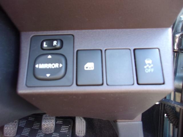 ローブ 純正16インチアルミホイール ターボ車 LEDヘッドライト シートヒーター スマートキー ディスプレイオーディオ 横滑り防止装置 オートエアコン(39枚目)