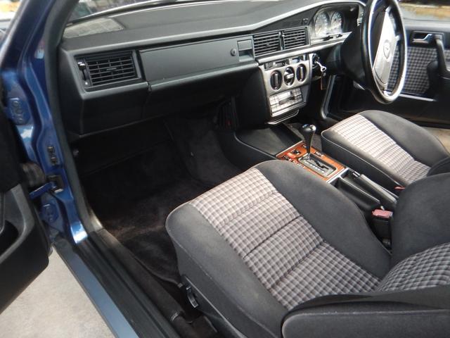 「メルセデスベンツ」「190クラス」「セダン」「静岡県」の中古車45