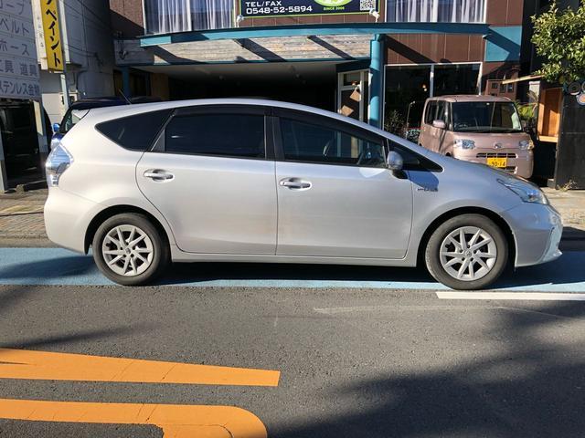 「トヨタ」「プリウスα」「ミニバン・ワンボックス」「静岡県」の中古車4
