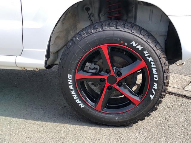 V 4WD リフトアップ 社外アルミ タイベル交換済(5枚目)