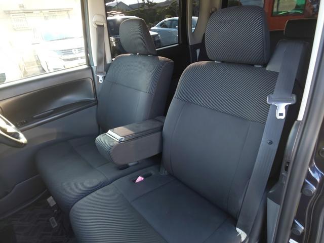 フロントシートです!フィット感のあるシートで疲れにくいです♪