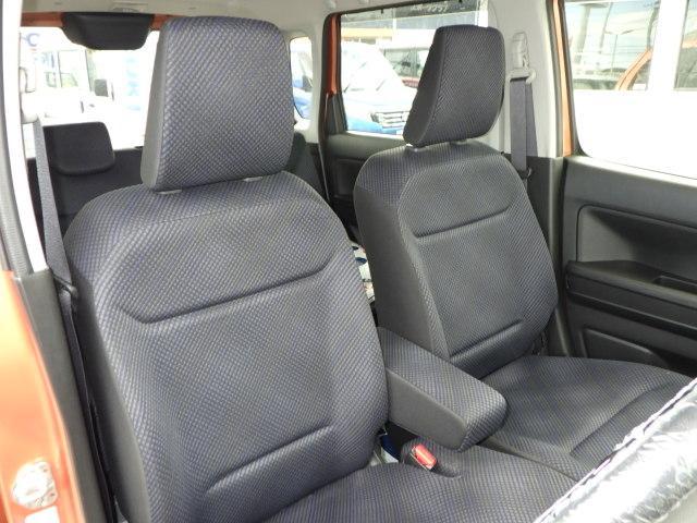 長時間運転も快適なシート