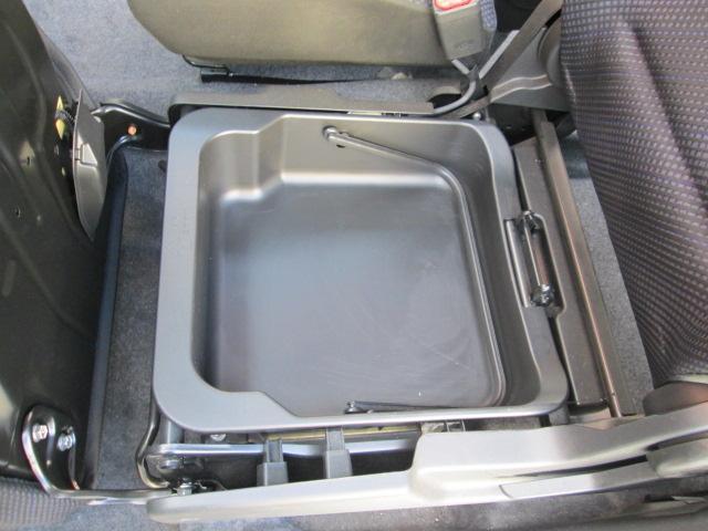 HV FX ナビ フルセグTV 禁煙車 Iストップ Sヒーター キーレス オートAC ベンチシート 15AW エコカー減税対象車 DVD USB PVガラス 電動格納ミラー WエアB ABS 横滑防止(11枚目)