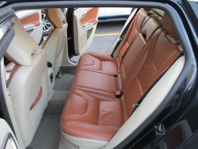 ドライブe 1オーナー 純正HDDフルセグナビ Bluetooth DVD再生 ETC HIDヘッド パワーシート シートヒーター スマートキー プッシュスタート シティセーフティ 正規ディーラー車 取扱説明書(14枚目)