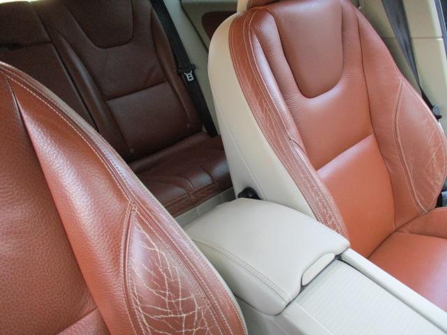 ドライブe 1オーナー 純正HDDフルセグナビ Bluetooth DVD再生 ETC HIDヘッド パワーシート シートヒーター スマートキー プッシュスタート シティセーフティ 正規ディーラー車 取扱説明書(42枚目)