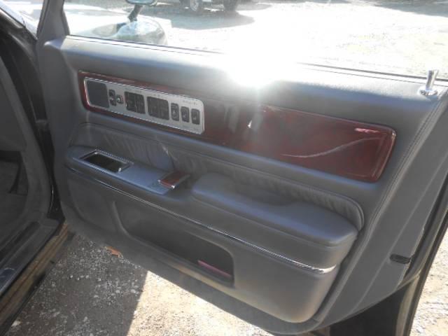 標準仕様車 デュアルEMVパッケージ パワーシート ETC(16枚目)