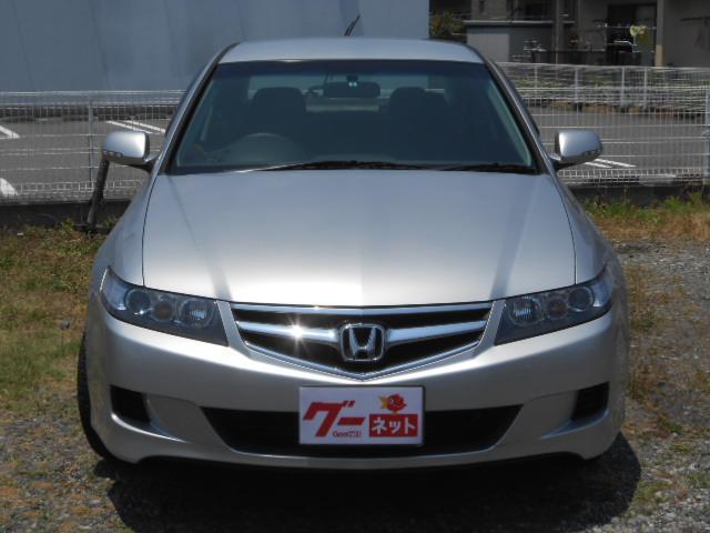 ホンダの代表車 セダンの王様 アコード ヘッドライトはアクリル塗装済で曇り無し!クリーニングとは違い透明度は長持ち!!
