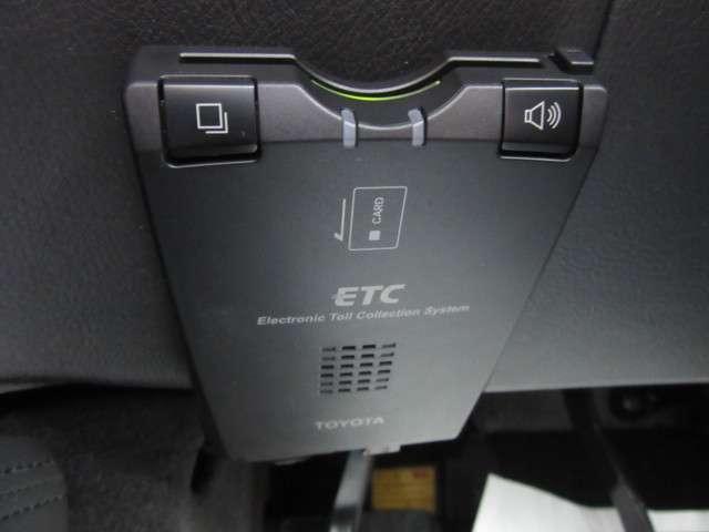 ホンダ レジェンド ベースグレード ナビ リアカメラ カードキー ETC