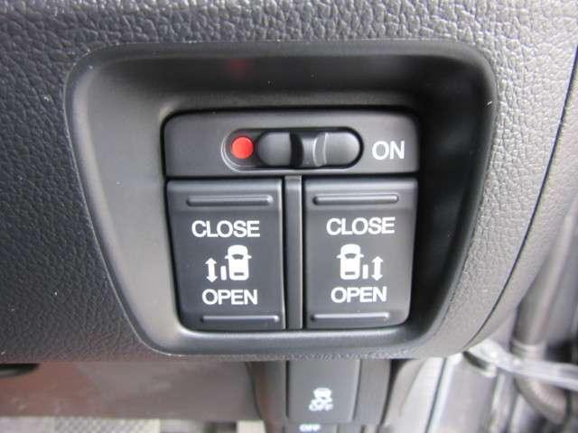 ホンダ N BOXカスタム G・ターボAパッケージ 純正ナビ 両側電動スライドドア