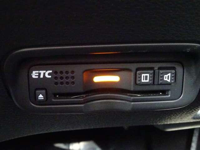RS・ホンダセンシング メモリーナビ フルセグTV アイドリングストップ シートヒーター ワンオーナー アルミホイール スマートキー バックカメラ ETC 衝突防止システム 盗難防止システム サイドエアバッグ(16枚目)