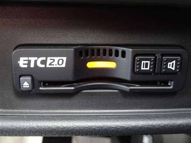 ハイブリッドアブソルート・EXホンダセンシング ナビ リアカメラ ETC リアモニター クルコン 電動シート 禁煙車 ワンオーナー 衝突軽減B ナビTV ETC フルセグ LED Rカメ リアモニター 両側電動SD スマートキー メモリーナビ(13枚目)