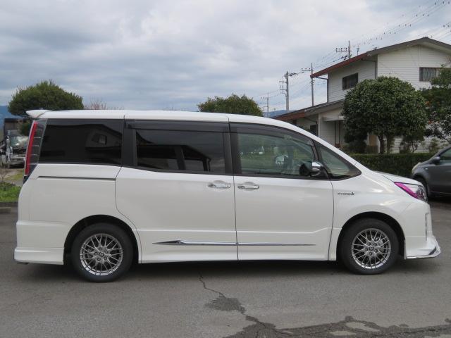 「トヨタ」「ノア」「ミニバン・ワンボックス」「静岡県」の中古車46