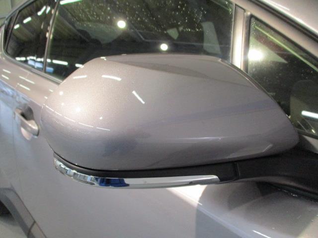 トヨタ C-HR G-T 試乗車 LEDヘッドライト フルセグナビ
