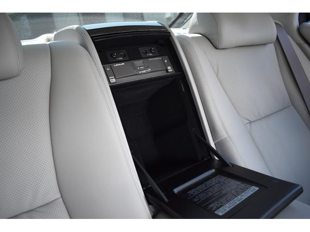 LS600hL後席セパレートシートパッケージ サンルーフ(11枚目)