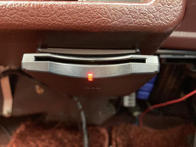 5速マニュアル 2000ccディーゼル サンルーフ 車検整備付き スライドドア AW ETC エアコン パワステ パワーウインドウ シルバーII(9枚目)