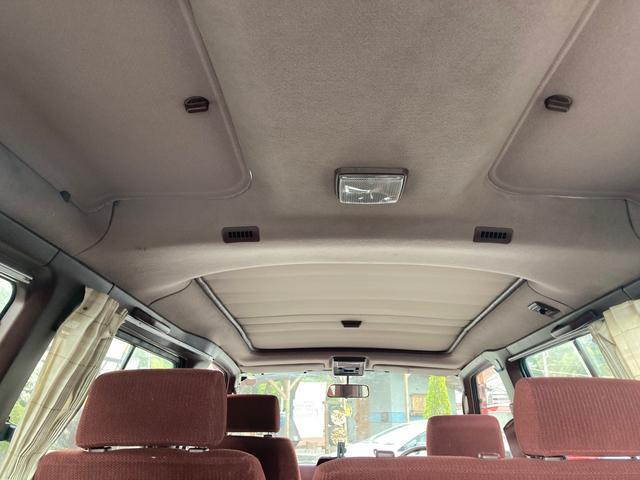 5速マニュアル 2000ccディーゼル サンルーフ 車検整備付き スライドドア AW ETC エアコン パワステ パワーウインドウ シルバーII(21枚目)